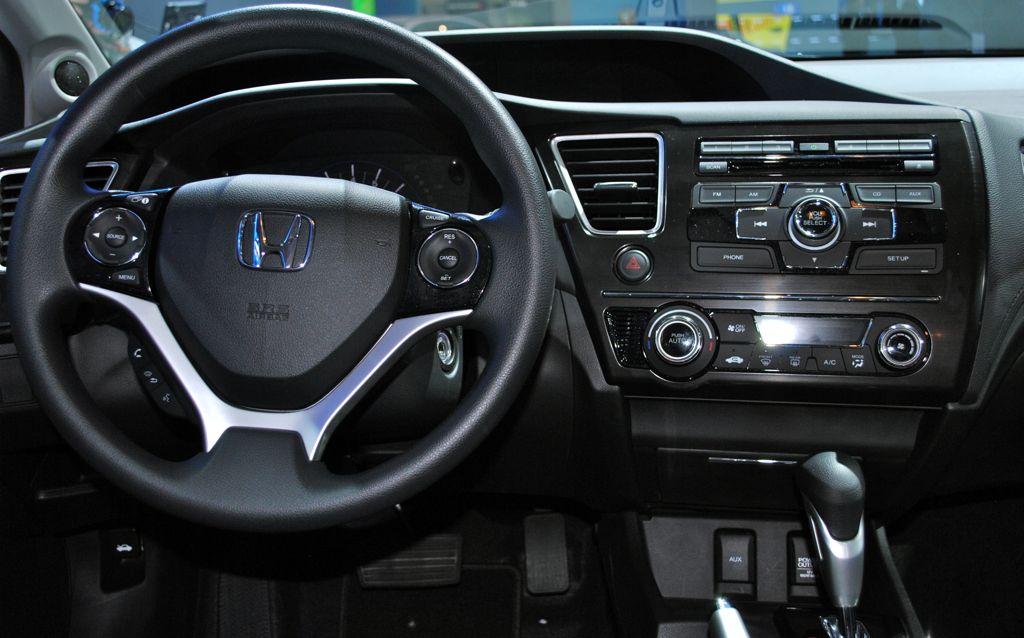 2012 LA: 2013 Honda Civic Interior