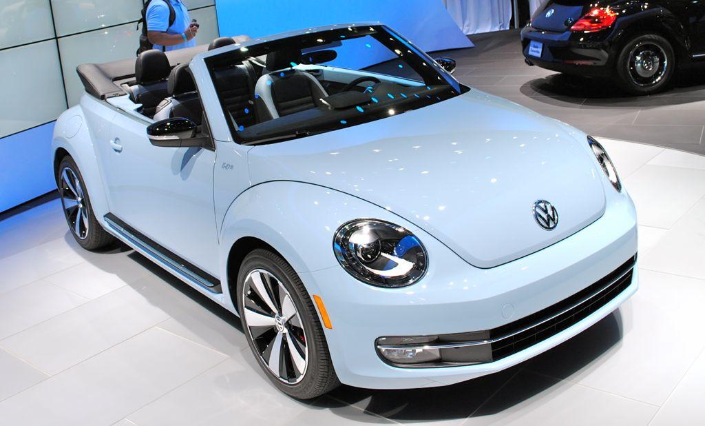 2012 LA: 2013 Volkswagen Beetle Convertible Top View