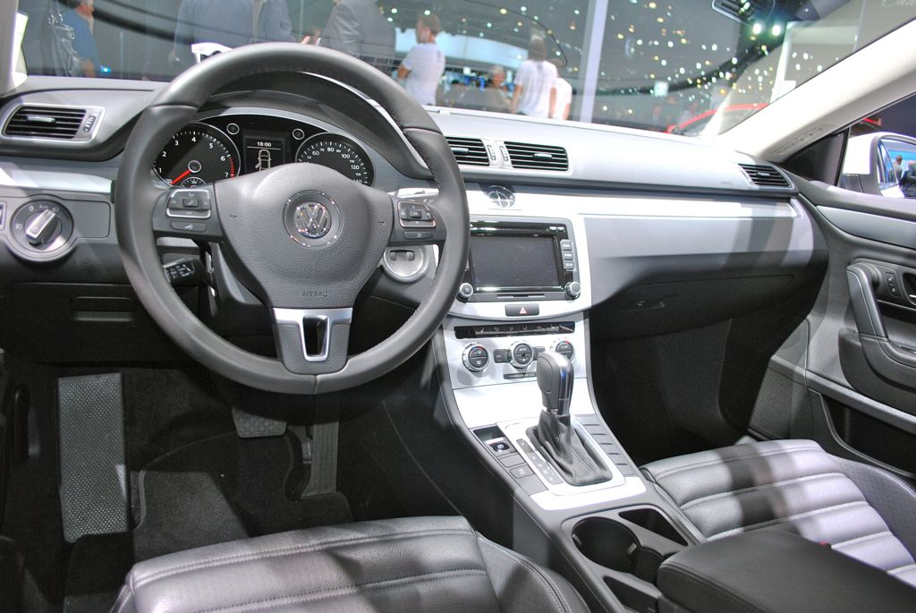 2012 la 2013 volkswagen cc r line interior egmcartech. Black Bedroom Furniture Sets. Home Design Ideas