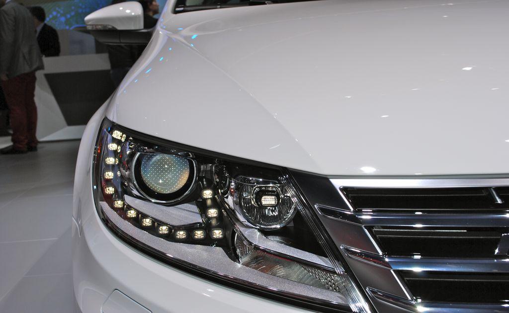 2012 la 2013 volkswagen cc r line headlamp egmcartech. Black Bedroom Furniture Sets. Home Design Ideas