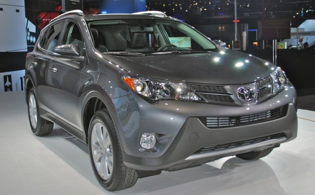 2014 Toyota RAV4 price starts at $23,300