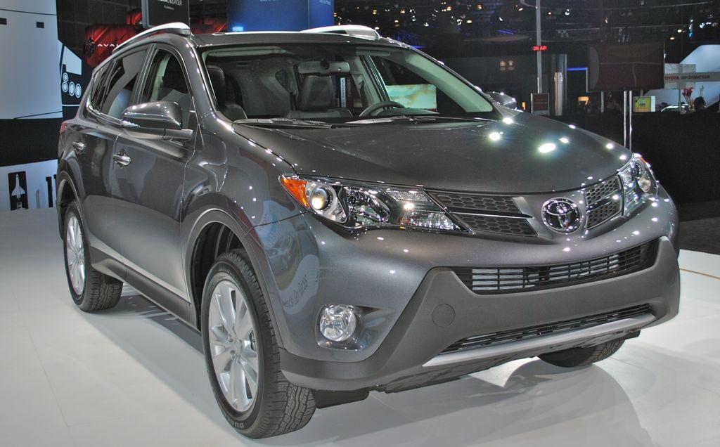 2012 LA: 2014 Toyota RAV4 Front 3/4 Angle Shot