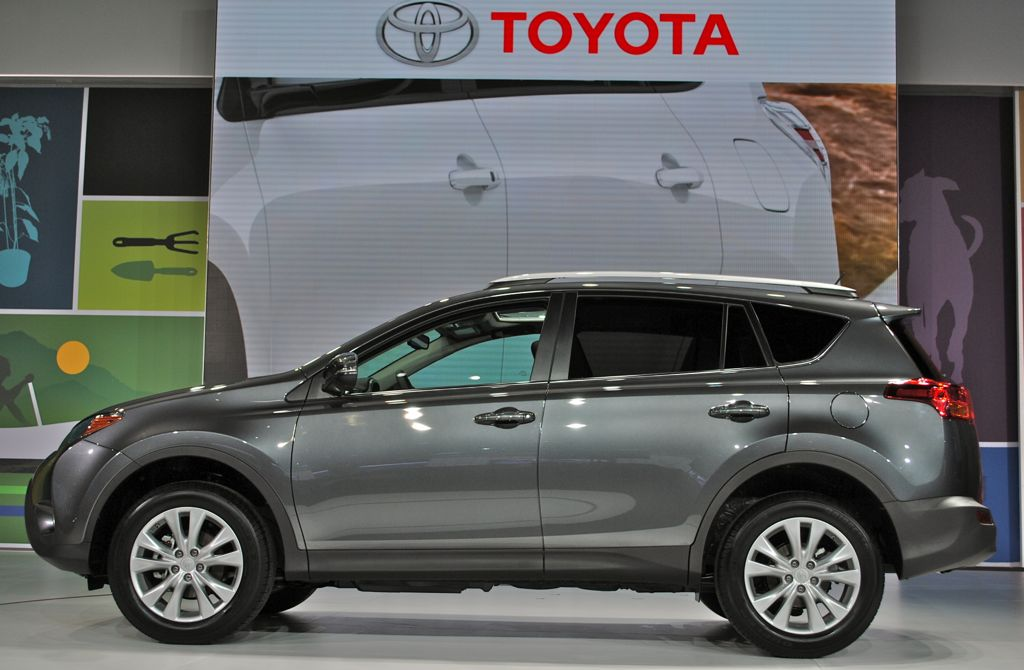 2012 LA: 2014 Toyota RAV4 Side View