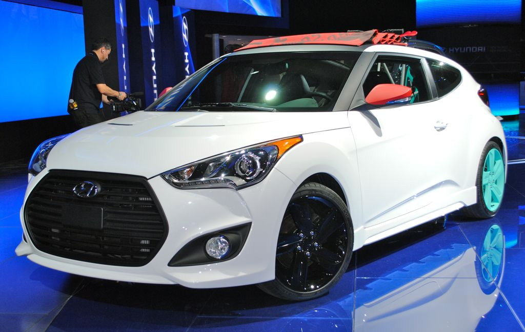 2012 LA: Hyundai Veloster C3 Roll Top Concept Front 3/4 View