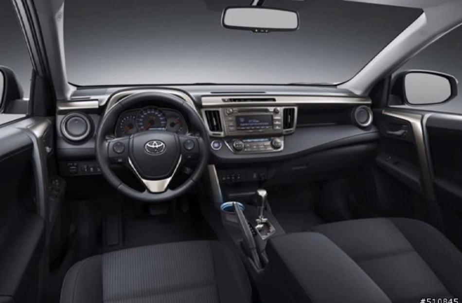 2014 Toyota RAV4 Leak Interior