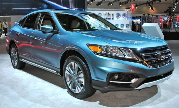 2012 LA: 2013 Honda Crosstour gets a little rugged