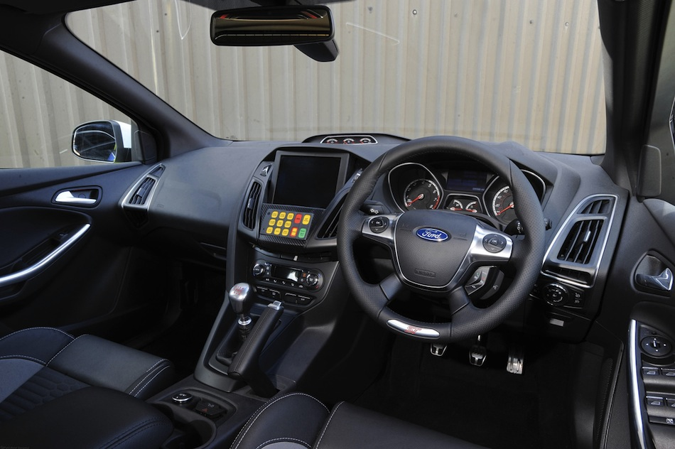 ford focus st police car interior egmcartech. Black Bedroom Furniture Sets. Home Design Ideas