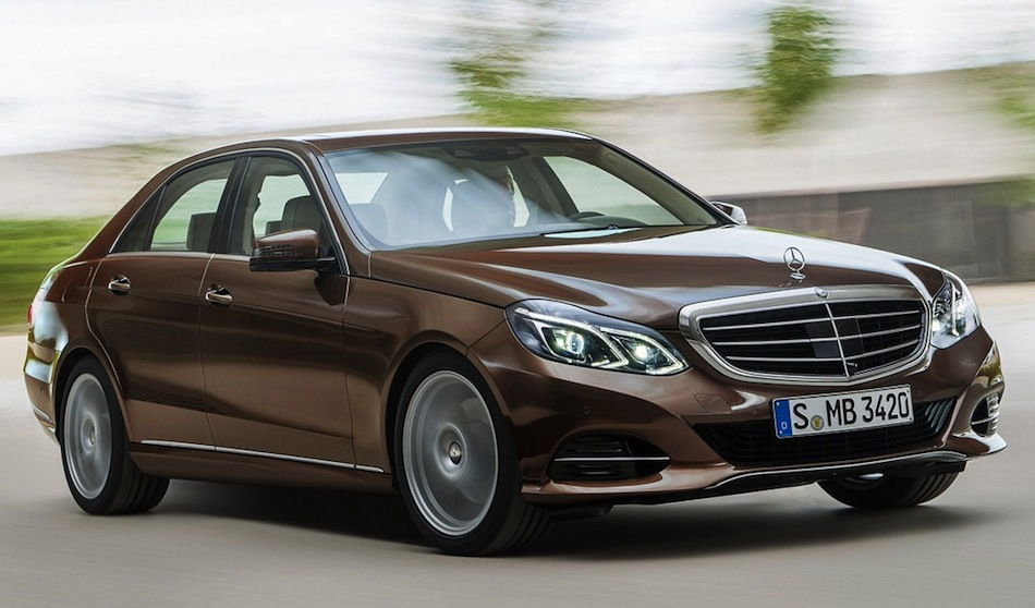 2014 Mercedes-Benz E-Class Sedan Leak Front