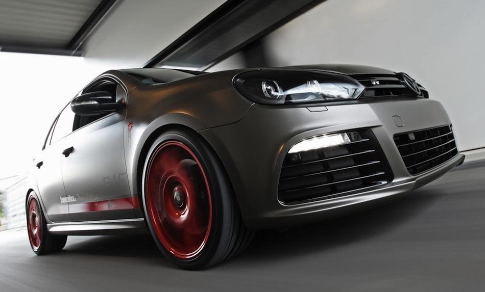 SchwabenFolia Volkswagen Golf R Front Action Angle