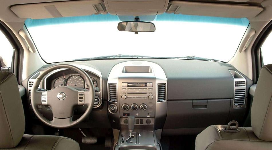 2006 Nissan Titan Interior