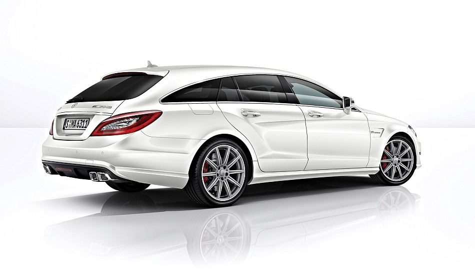 2013 Mercedes-Benz CLS63 AMG Shooting Brake Rear 7-8 Right Studio