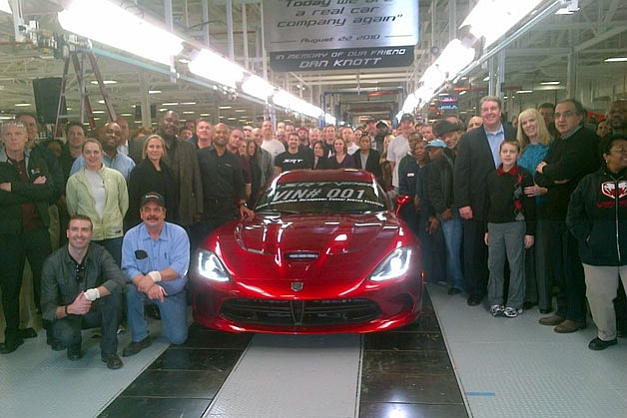 Chrysler rolls first production 2013 SRT Viper off of Conner Avenue Assembly Plant