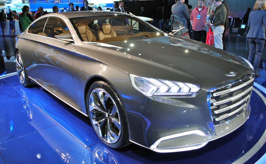 2013 Detroit: Hyundai HCD-14 Genesis Concept Front Quarter Angle