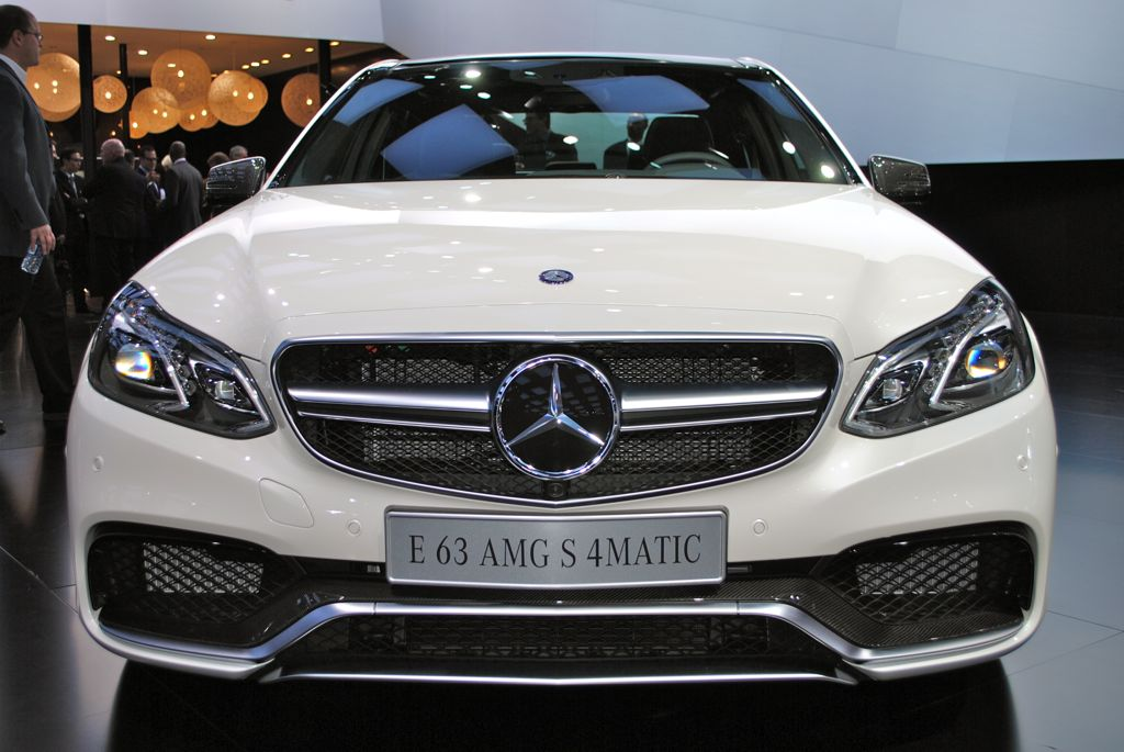 2013 detroit 2014 mercedes benz e63 amg front view egmcartech. Black Bedroom Furniture Sets. Home Design Ideas