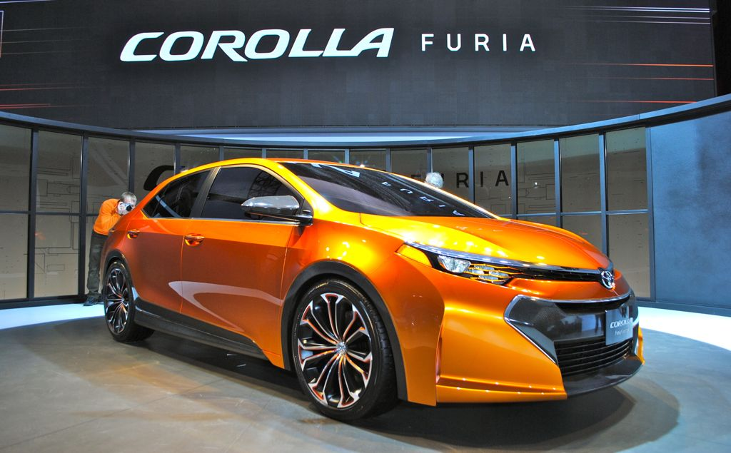 2013 Detroit: Toyota Corolla Furia Concept Front 7/8 View