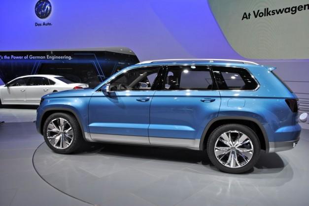 2013 Detroit Volkswagen Crossblue Suv Concept Rear Side