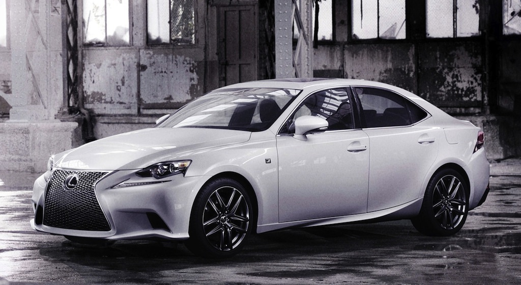 2014 Lexus IS 350 F Sport Front Quarter Angle