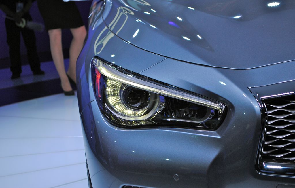2014 Infiniti Q50 Photos And Info News Car And Driver Html