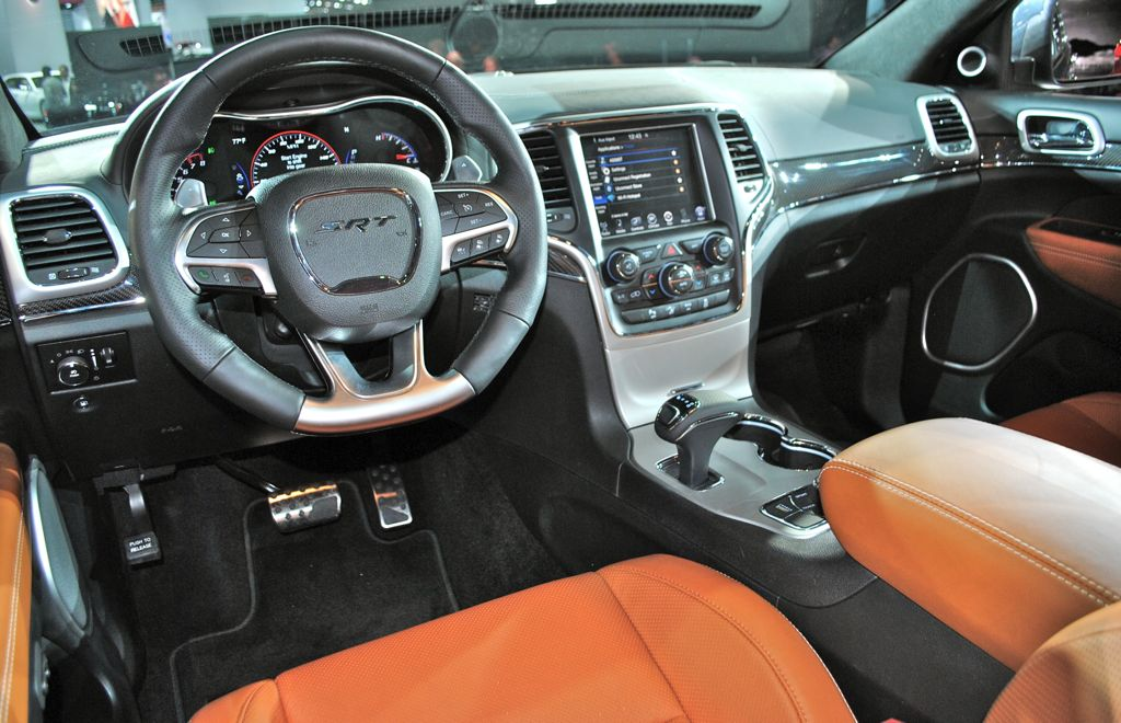 2014 Jeep Grand Cherokee SRT8 Interior