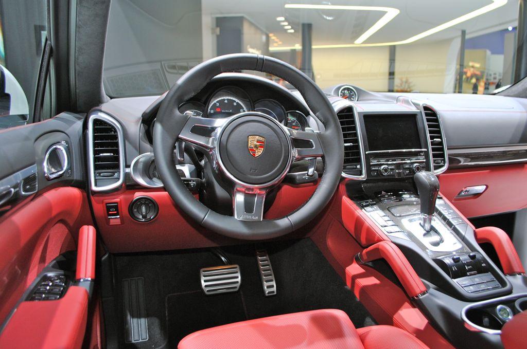 2014 Porsche Cayenne Turbo S Interior