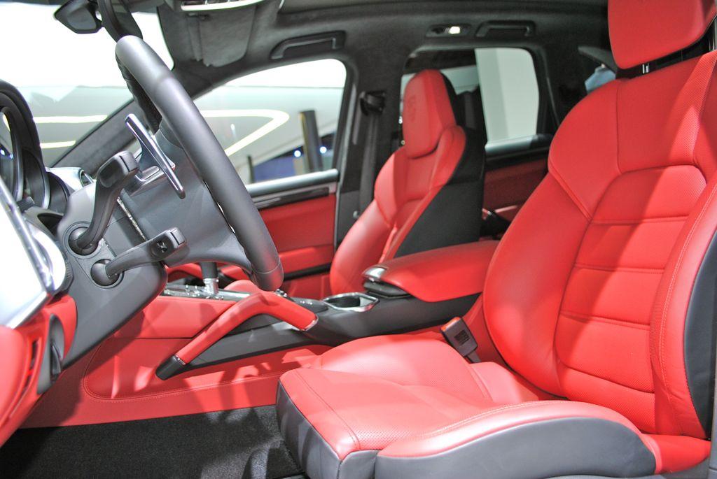 2013 detroit 2014 porsche cayenne turbo s front seats