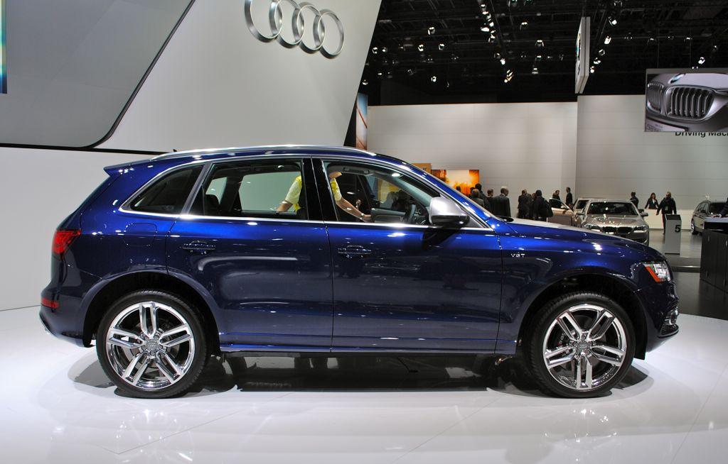 2013 Detroit: 2014 Audi SQ5 Side View
