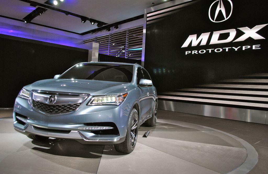 2013 Detroit: 2014 Acura MDX Prototype Front 3/4 View