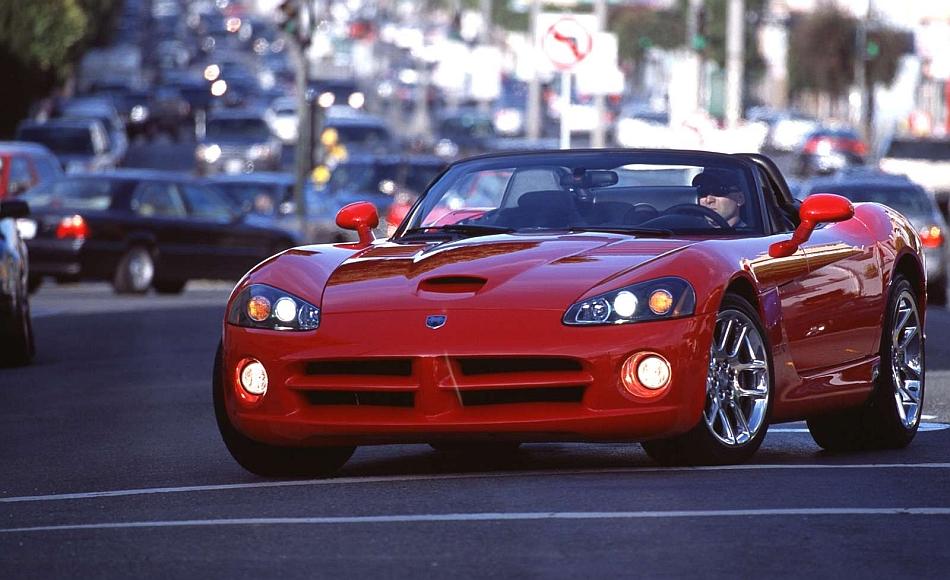 2003 Dodge Viper SRT-10 Boulevard Cruising - egmCarTech ...