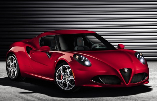 BREAKING: Alfa Romeo unveils production 4C online, full debut coming at Geneva