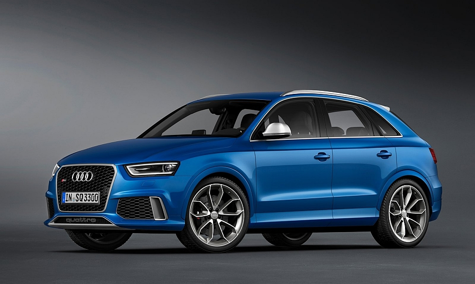 2014 Audi RS Q3 Front 3-4 Left Studio