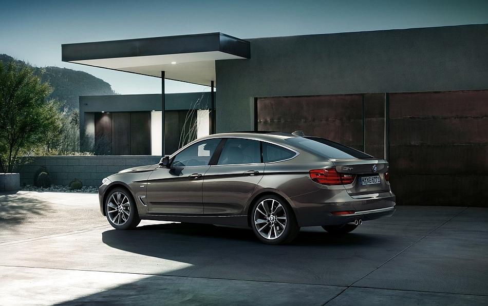 2014 BMW 3-Series Gran Turismo Rear 3-4 Left Driveway