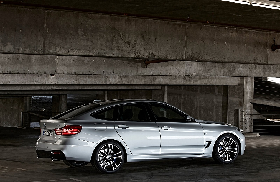 2014 bmw 3 series gran turismo rear 7 8 left parking deck egmcartech. Black Bedroom Furniture Sets. Home Design Ideas