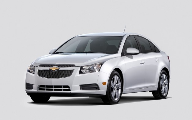2013 Chicago: Chevrolet unveils 2014 Cruze diesel, to return 42 mpg on the highway