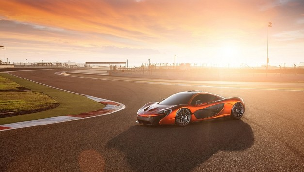 McLaren launches photos of production ready and menacingly gorgeous P1