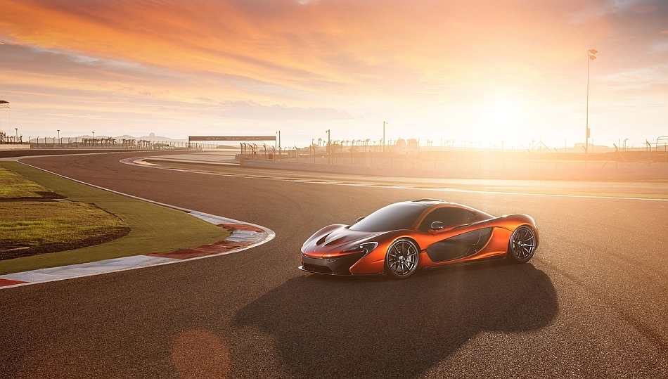 2014 McLaren P1 Front 7-8 Left Track Sunset