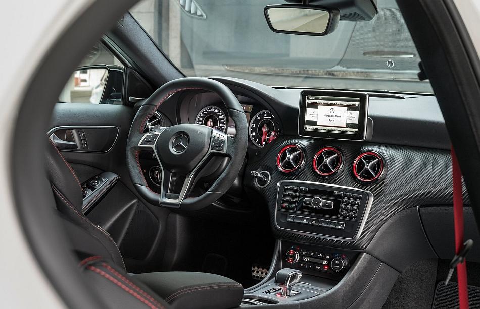 2014 Mercedes-Benz A45 AMG Dashboard