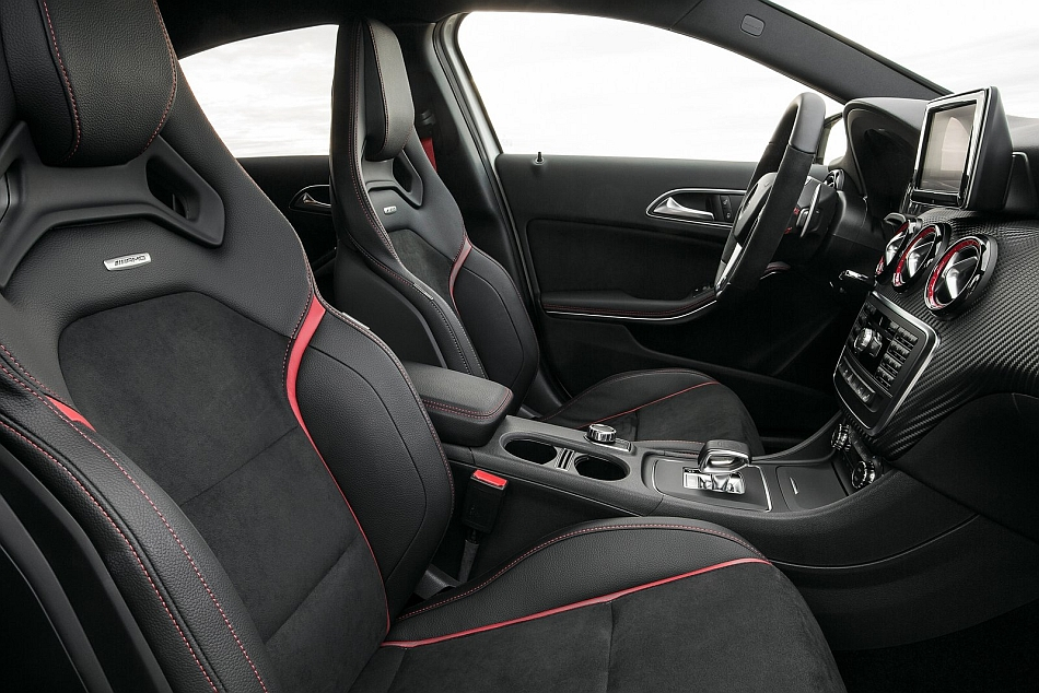 2014 Mercedes-B... Cla 45 Review