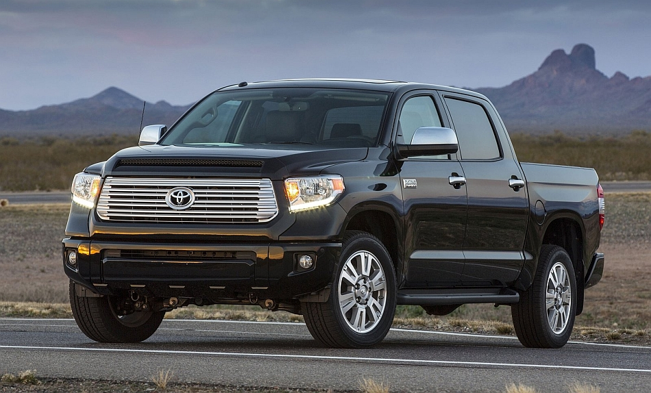 2014 Toyota Tundra Front 3-4 Left Desert Sunset