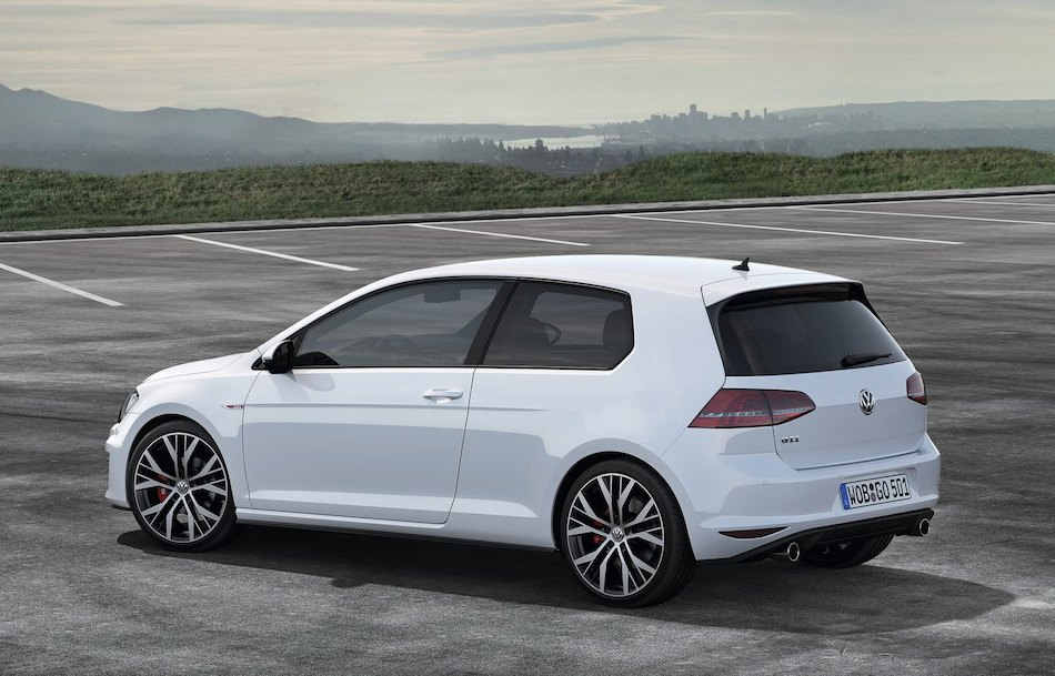 2014 volkswagen golf gti rear 7 8 left egmcartech. Black Bedroom Furniture Sets. Home Design Ideas
