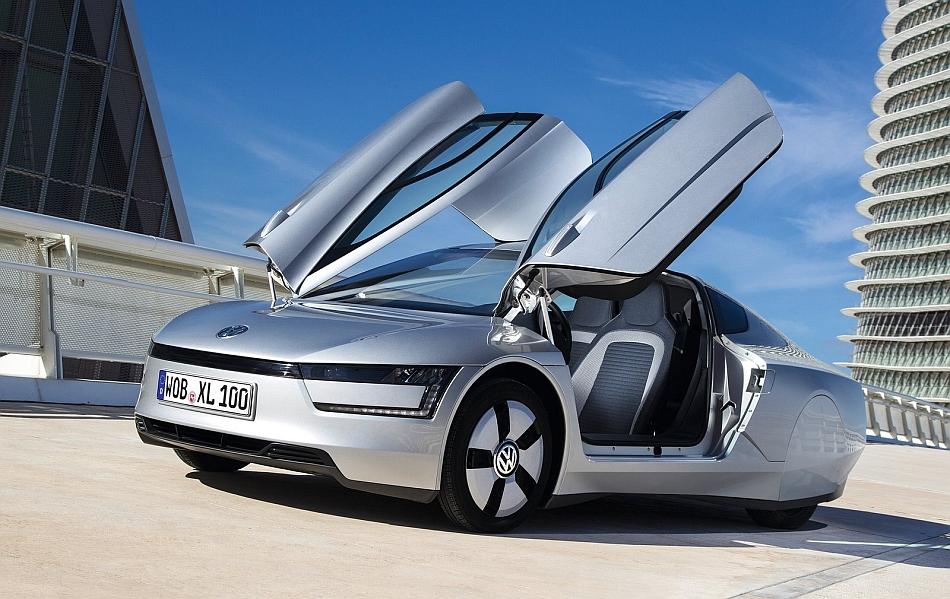 2014 Volkswagen XL1 Front 7-8 Left Doors Ajar