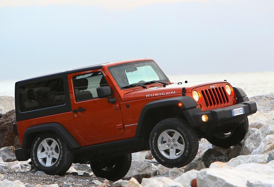 2012 Jeep Wrangler Rubicon Front 7-8 Right