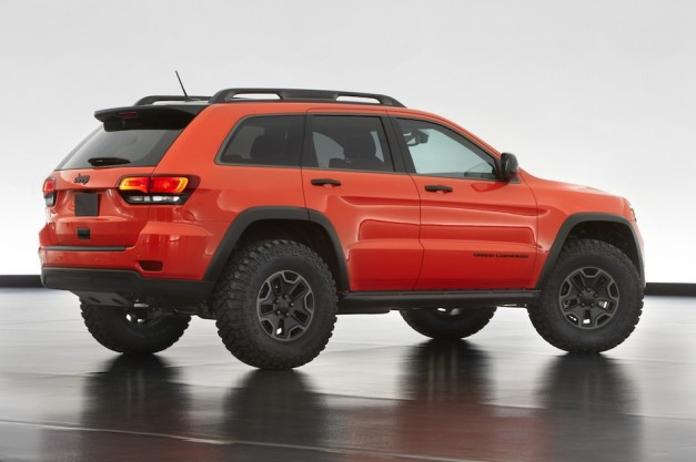 2013 jeep grand cherokee trailhawk concept rear egmcartech egmcartech2013 jeep grand. Black Bedroom Furniture Sets. Home Design Ideas