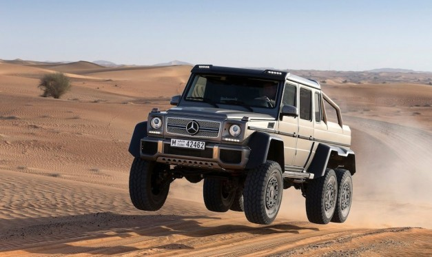 Video: Mercedes-Benz tells us exactly what this six-wheeled Gelandewagen is, and it's epic