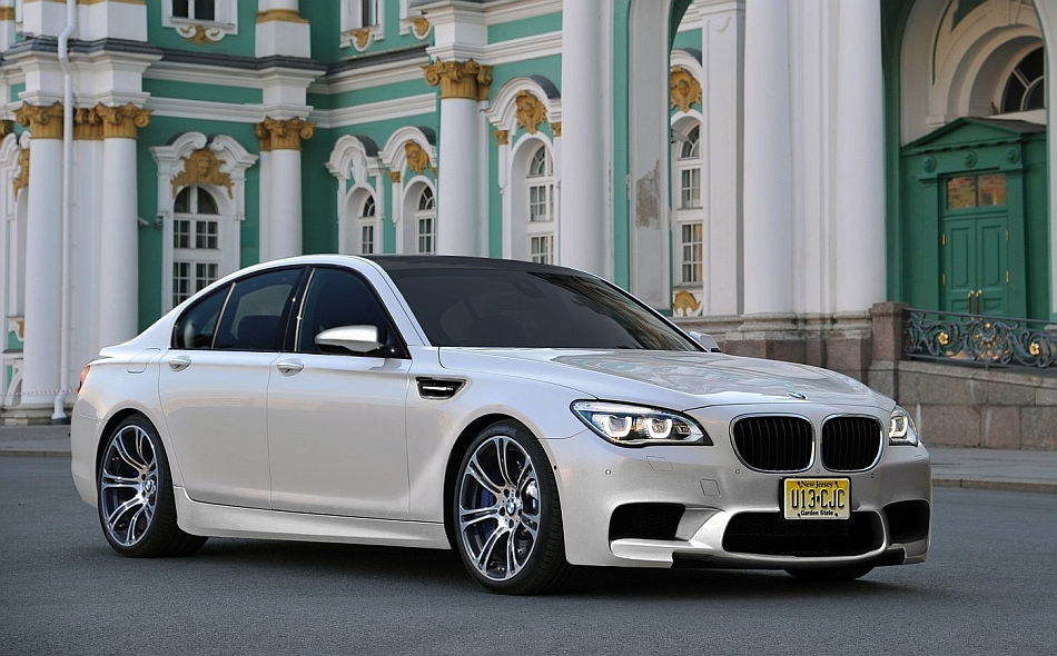 2014 BMW M7 Rendering