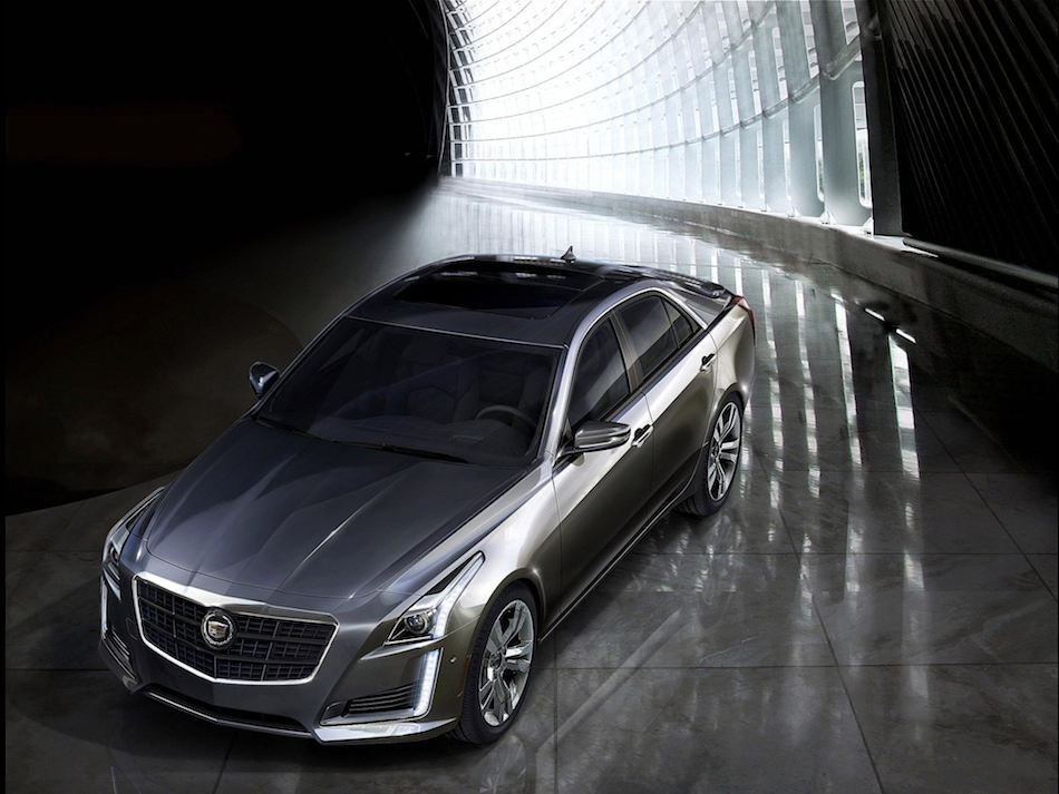 2014 Cadillac CTS Front 7-8 Left High Angle Profile