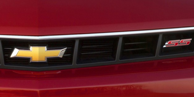 Chevrolet teases 2014 Camaro SS ahead of NY debut, to be due for a facelift