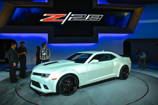 Video: Chevrolet's program engineer manager explains 2014 Camaro's updated styling