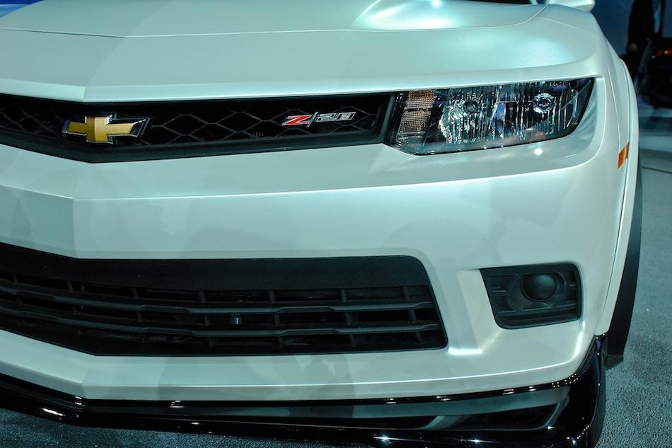 2014 Chevrolet Camaro Z28 NYIAS Headlight Detail