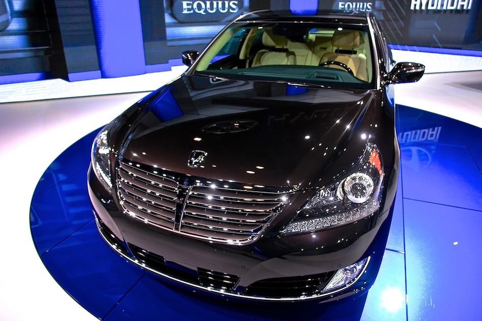 2014 Hyundai Equus Reviews, Specs and Prices - Cars.com - Holiday and ...