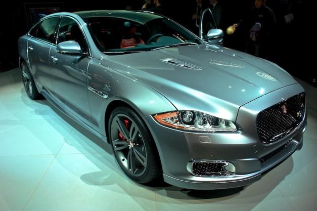 2014 Jaguar XJR NYIAS Front 3-4 Right